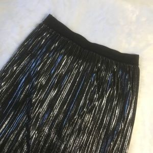 Black and Silver High Waist Midi Skirt Size Large
